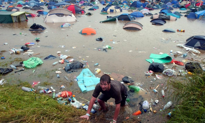 Glastonbury, UK 2005 | Life 360 Tips