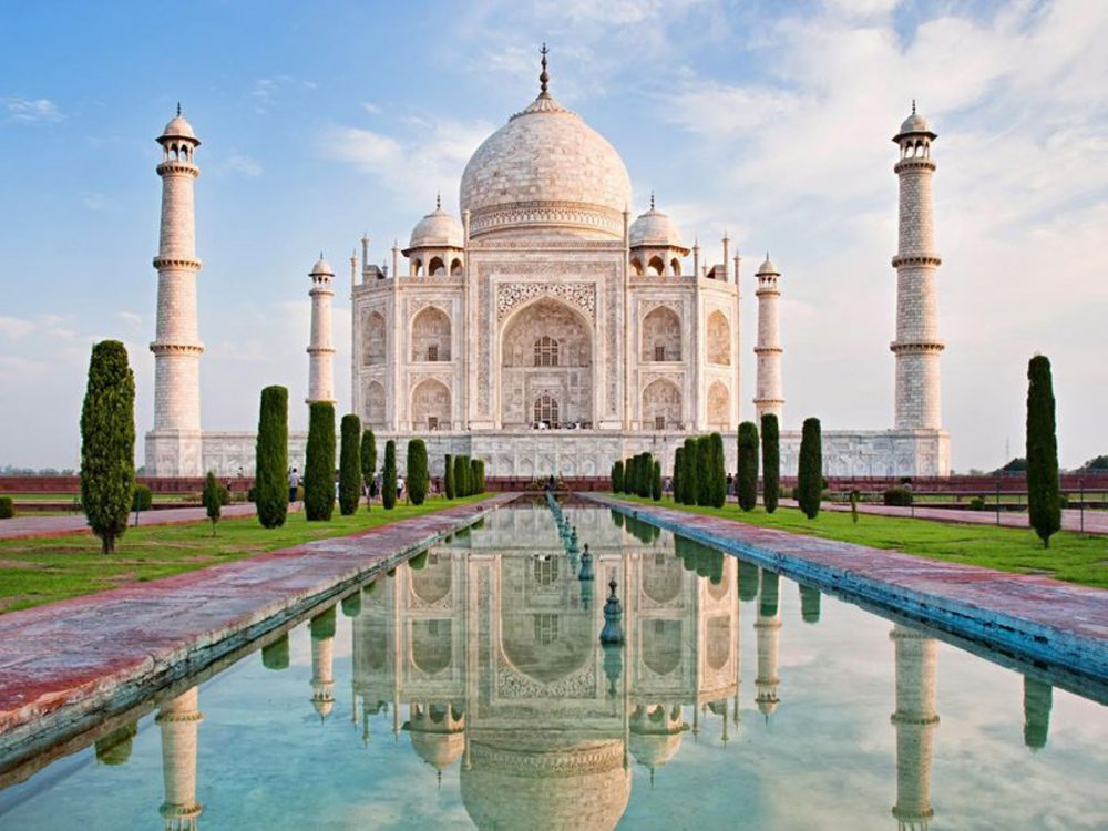 The Taj Mahal, India | beautiful places on Earth travel bucket list instagram